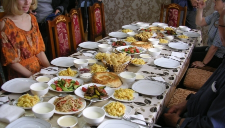 Insider Tour: Central Asia - sharing a meal